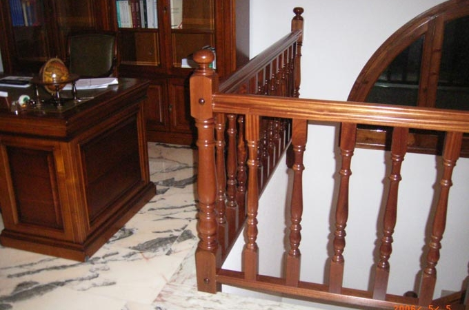 Barandas madera servitja for Modelos de gradas de madera