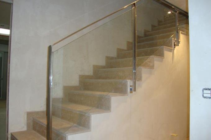 Barandas Acero Inox Y Cristal Servitja - Escaleras-de-cristal-y-madera