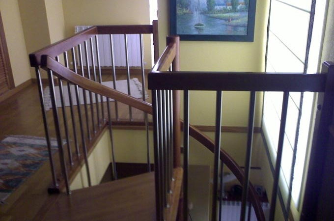Escalera caracol de madera beautiful good escalera de - Escaleras de caracol economicas ...