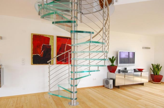 Fotos de escaleras caracol interesting escaleras caracol for Imagenes de escaleras de caracol