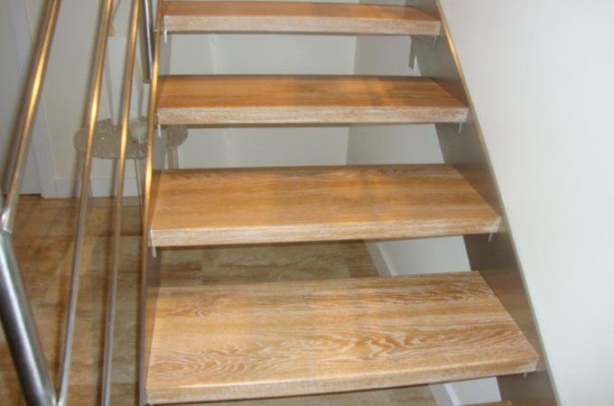 Zancas acero inox y pelda os madera servitja - Escaleras con peldanos de madera ...