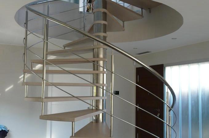 Escaleras caracol acero inox y madera servitja - Escalera de caracol exterior ...