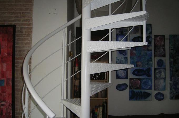 Escaleras caracol metal servitja - Escaleras de caracol barcelona ...
