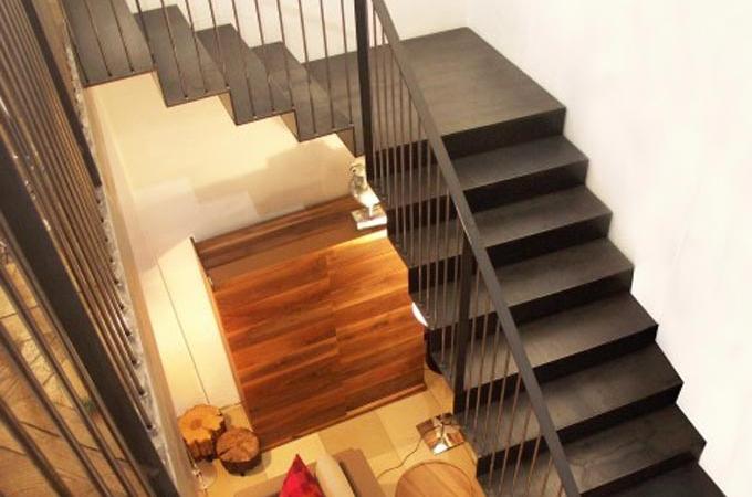 Escaleras chapa plegada servitja for Como cubrir una escalera