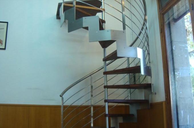 Escaleras helicoidales servitja - Escaleras de caracol barcelona ...