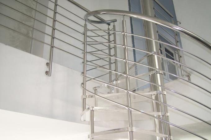 Escaleras caracol pelda os metacrilato servitja - Escalera de caracol prefabricada ...