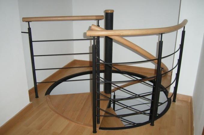 Escaleras caracol metal y madera servitja - Escaleras de caracol de madera ...