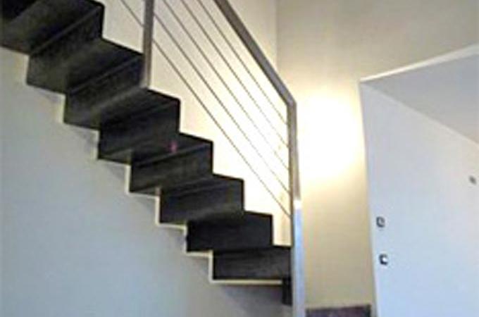 Escaleras chapa plegada servitja for Escalera metalica plegable precio